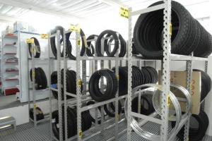 Porta pneu novo